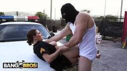 Xhamster bandido comendo policial safada