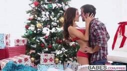 Belo sexo com uma garota no natal