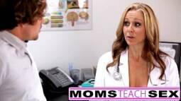 Foda porno médica fodendo com seu paciente